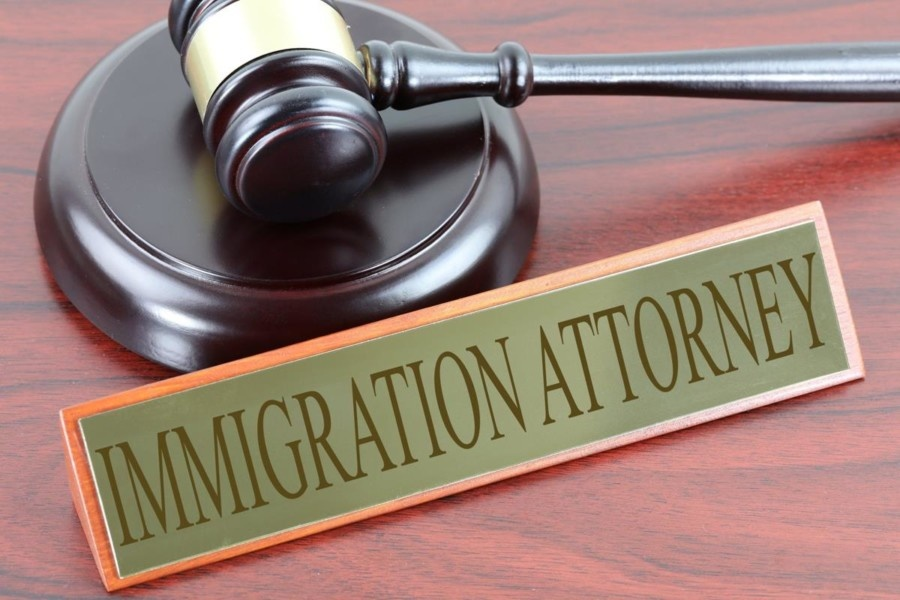 Why to hire an immigration lawyer through an agency?